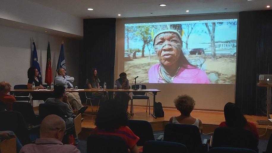 """Encontro com Leila Rocha """"Povos indígenas, etnogenocídio, política e relações internacionais"""""""